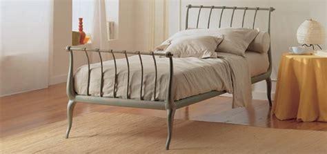 letti di ferro battuto moderni letto singolo in ferro battuto per alberghi moderni
