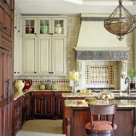 Kitchen Cabinets Lower Light by Light Cabinets With Lower Ones Kitchen Reno Foyers Photos And