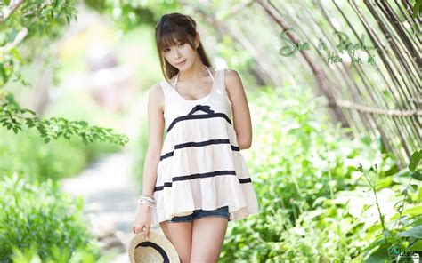 cute and beautiful asian girls wallpapers most beautiful cute and beautiful asian girls wallpapers most beautiful