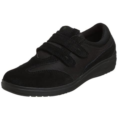 comfortable shoes for elderly men best shoes for elderly men women to prevent falls