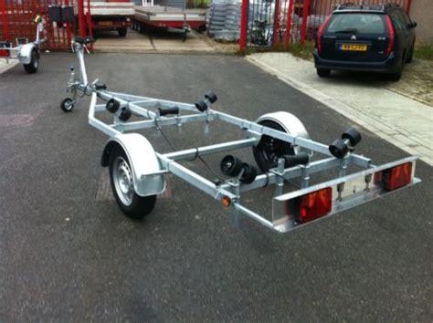 boottrailer gratis af te halen aanbieding boottrailer easy 650kg rechtstreeks af fabriek
