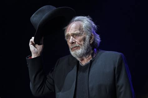recently deceased musicians 2016 merle haggard funeral arrangements announced sounds like