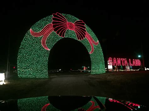 worlds largest light display 24 acres santa land 2 5 million lights 2014