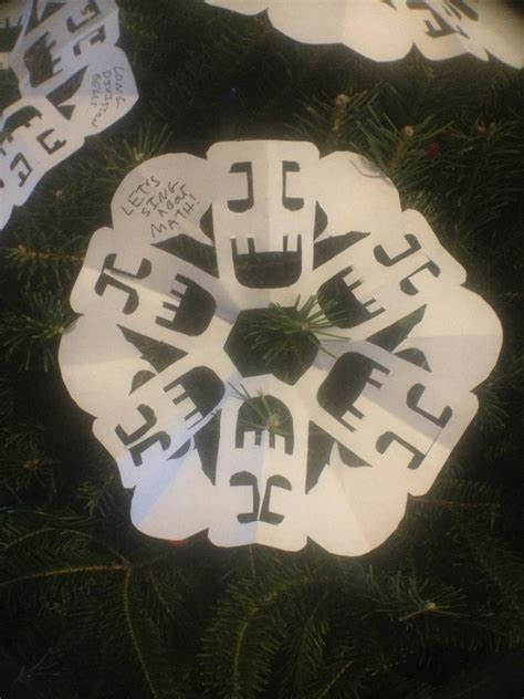 making a gizmo snowflake will make your holiday a funtime