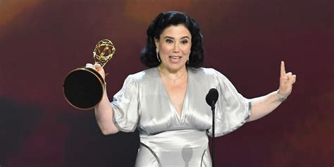 best actress emmy comedy alex borstein wins best supporting actress in a comedy