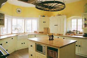 Country Kitchen Painting Ideas by Barn Kitchens Painted Country Kitchen Kitchen Paint Ideas