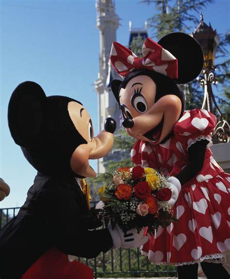 valentines day disney world happy valentine s day meets walt disney world