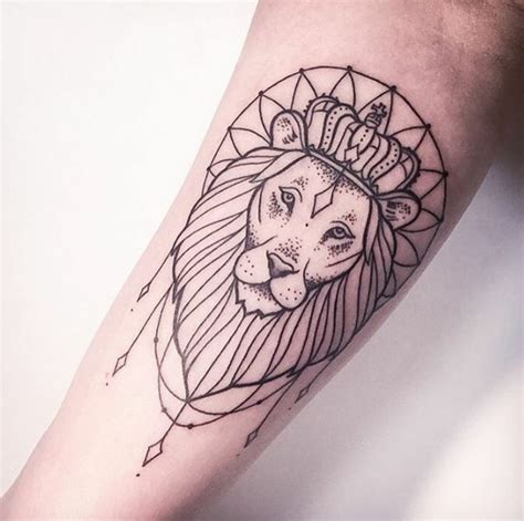 minimalist tattoo lion 1001 id 233 es en photos de tatouage lion inspirez vous de