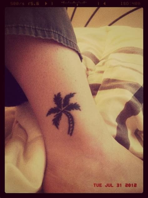palm tattoo pain palm tree tatts trees and palms