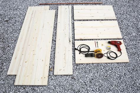 costruire un armadio in legno come costruire un armadio a muro cura dei mobili come