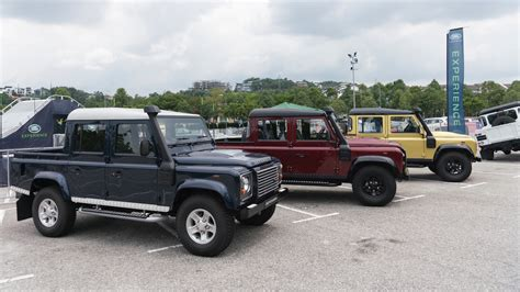 land rover malaysia 配合70周年 land rover defender 推出12辆特别配色版 land rover malaysia
