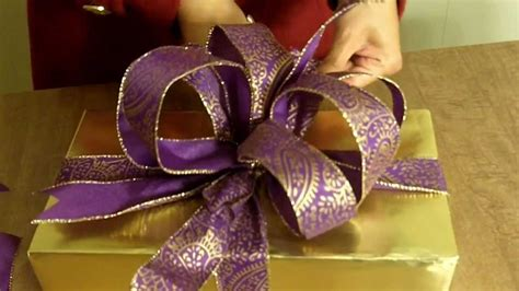 youtube how to make a silver xmas bow how to make the ultimate bow for your gift or present