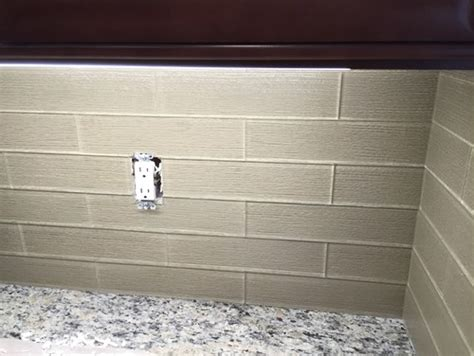 kitchen backsplash grout or no grout