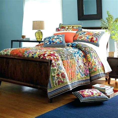 multi colored quilts co nnect me