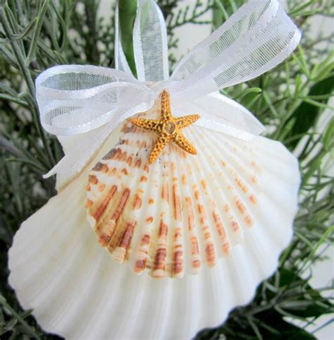 christmas crafts with shells 25 best ideas about seashell ornaments on ornaments