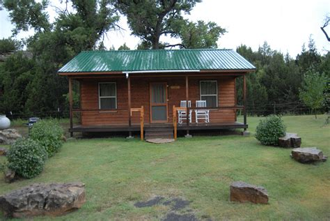 cabin stay hoot owl guest ranch