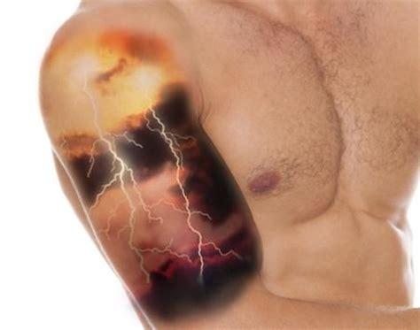 lightning strike tattoo lightning bolt meaning and really creative design ideas