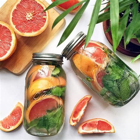 Grapefruit Mint Detox Drink by Healthy Detox Water Recipes From Instagram Stylecaster