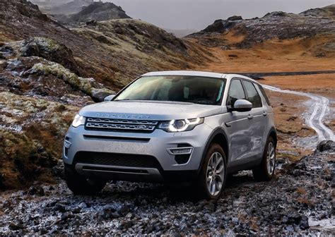 land rover singapore review land rover discovery the peak singapore your