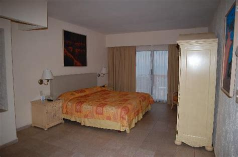 2 bedroom suites in cancun master bedroom picture of fiesta americana villas cancun