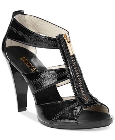 macy s shoes michael kors michael michael kors berkley t sandals sandals