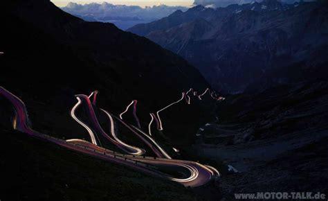 Motorrad Bilder Bei Nacht by Stilfser Joch Bei Nacht Der Berg Ruft Genauer Das