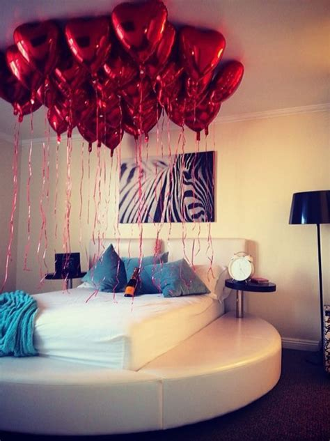 balloon bedroom decorations 1000 romantic valentines day ideas on pinterest