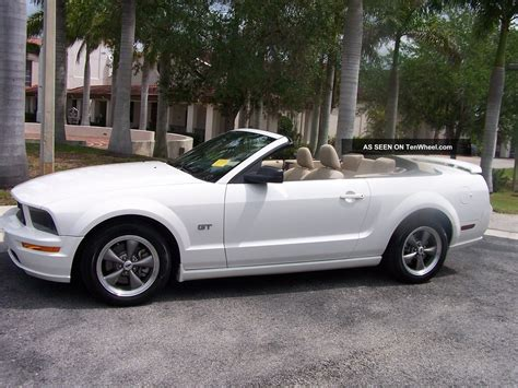 2005 Ford Mustang Convertible by 2005 Ford Mustang Convertible Car Autos Gallery