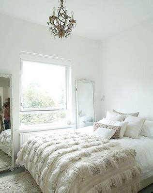textured bedding hammers and high heels head over heels friday layers of