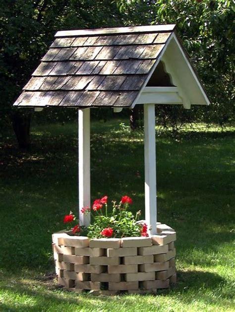 R14 515 Wishing Well Planter Using Bricks And Wood Wishing Well Planter