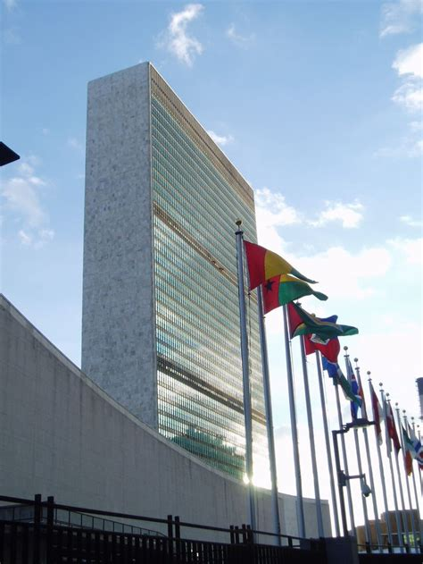 United Nations New York Mba by Best 25 United Nations Headquarters Ideas On