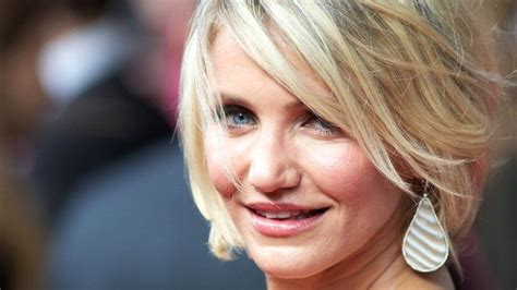 Cameron Diazs New Is Wired The Entertainment by What To Expect Premiere Cameron Diaz On The Carpet