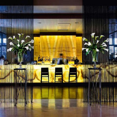 W Hotel Bathroom Galleria Backlit Onyx Marmi Di Carrara