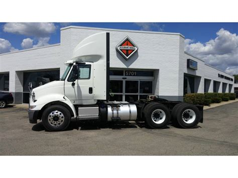 volvo semi truck dealer near me 100 volvo semi truck dealer near me new england