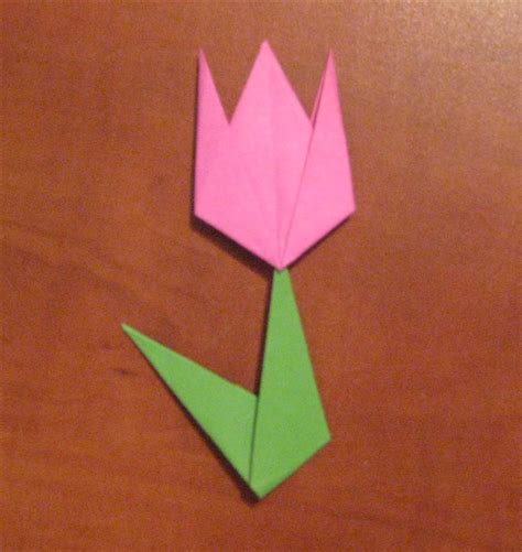 How To Fold A Paper Tulip - how to fold a simple origami tulip origami for children