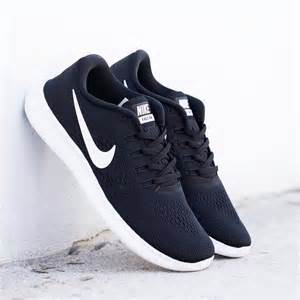 black nike shoes for 25 best ideas about black nikes on black nike