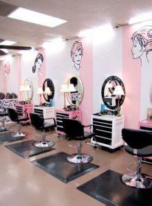 dekorasi salon  barbershop menggunakan mural  stiker