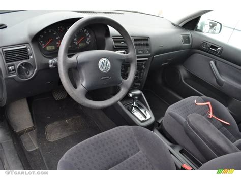volkswagen golf interior volkswagen golf 2003 interior www imgkid com the image