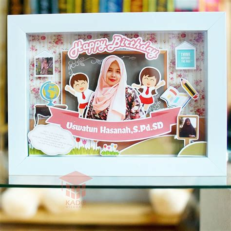 Bantal Huruf Kado Ulang Tahun Anniversary Wisuda jual hadiah wisuda scrapframe birthday 3d kado wisudaku
