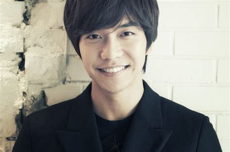 lee seung gi company lee seung gi says he s a strong heart in relationships