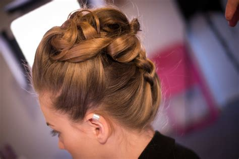 Wedding Hair Up Ideas 2013 by Hair Up Wedding Hair Ideas For Brides Wanting To Wear