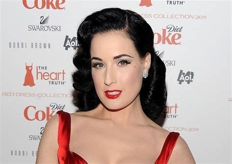 Classic Pin Up Hairstyles by Trends Hairstyles Pin Up Hairstyles Classic Elegance
