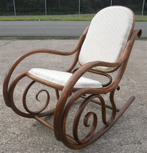 thonet bentwood rocking chair 119866 sellingantiques co uk bentwood rocking armchair by thonet 182503