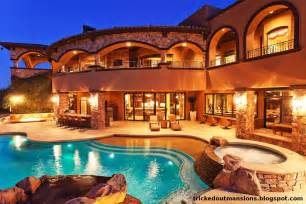 Huge Luxury Homes Tricked Out Mansions Showcasing Luxury Houses Beautiful