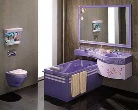 bade wanne lila stil badezimmer wanne toilette idee pictures