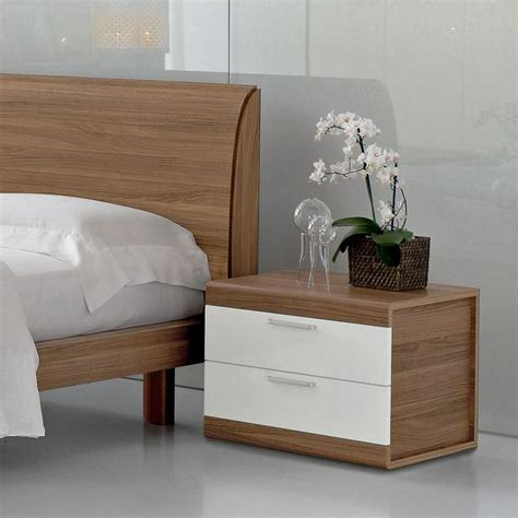small bedroom tables best 25 contemporary bedside tables ideas on pinterest
