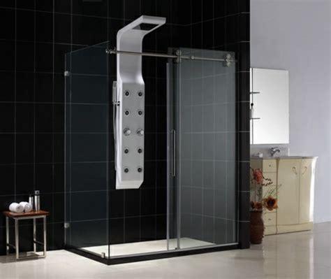 Superbe Porte Coulissante Salle De Bain Pas Cher #7: une-jolie-salle-de-bain-avec-carrelage-gris-colonne-de-douche-castorama.jpg