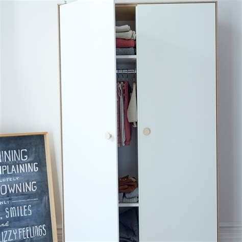 Wardrobes Nyc by Merlin Wardrobe In Birch By Oeuf Nyc Diddle Tinkers