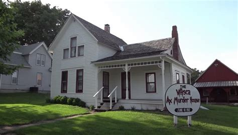 villisca axe murder house man stabs self during visit to iowa ax murder house ny daily news