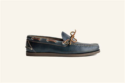 boat shoes or loafers difference boat shoes c mocs blucher mocs know the difference